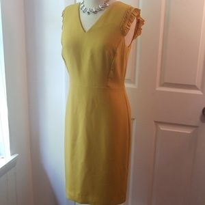 Sz 6 Ann Taylor chartreuse dress